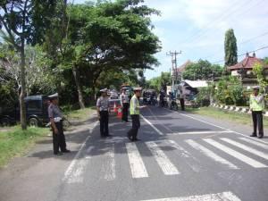 Unit Lantas Polsek Melaksanakan olah TPTKP Laka Lantas